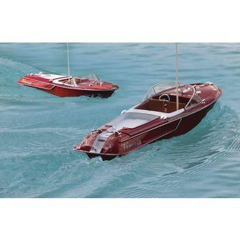 JAM-040390 R/c-boot venezia rtr rood In gebruik foto