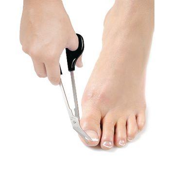 VIT-70110080 Hulpmiddel lichaamsverzorging - nagelschaar xl In gebruik foto