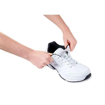 VIT-70110420 Schoenveters elastisch 76 cm wit In gebruik foto